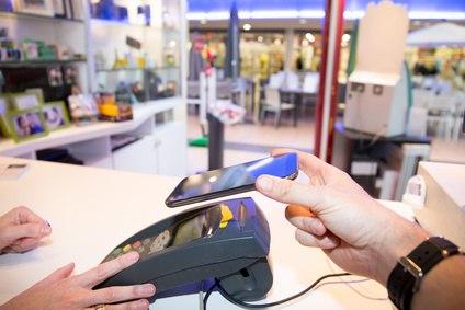 google pay im Vergleich mit Apple Pay und Mobile Payment Apps von Sparkasse und VR Banken